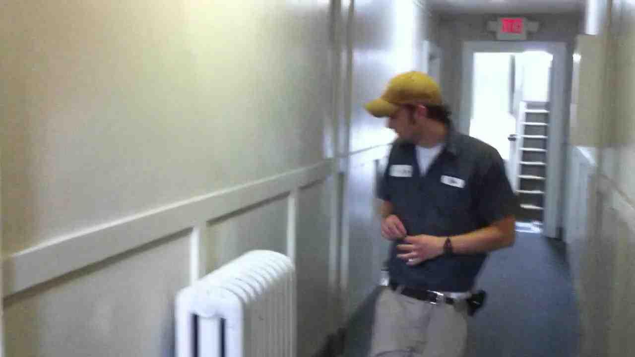 Comment Purger un radiateur en fonte sans vis de purge ?